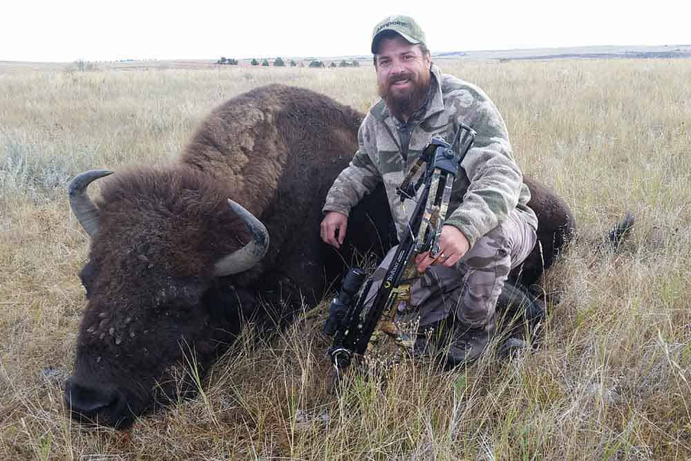 south dakota bison hunting  buffalo hunting